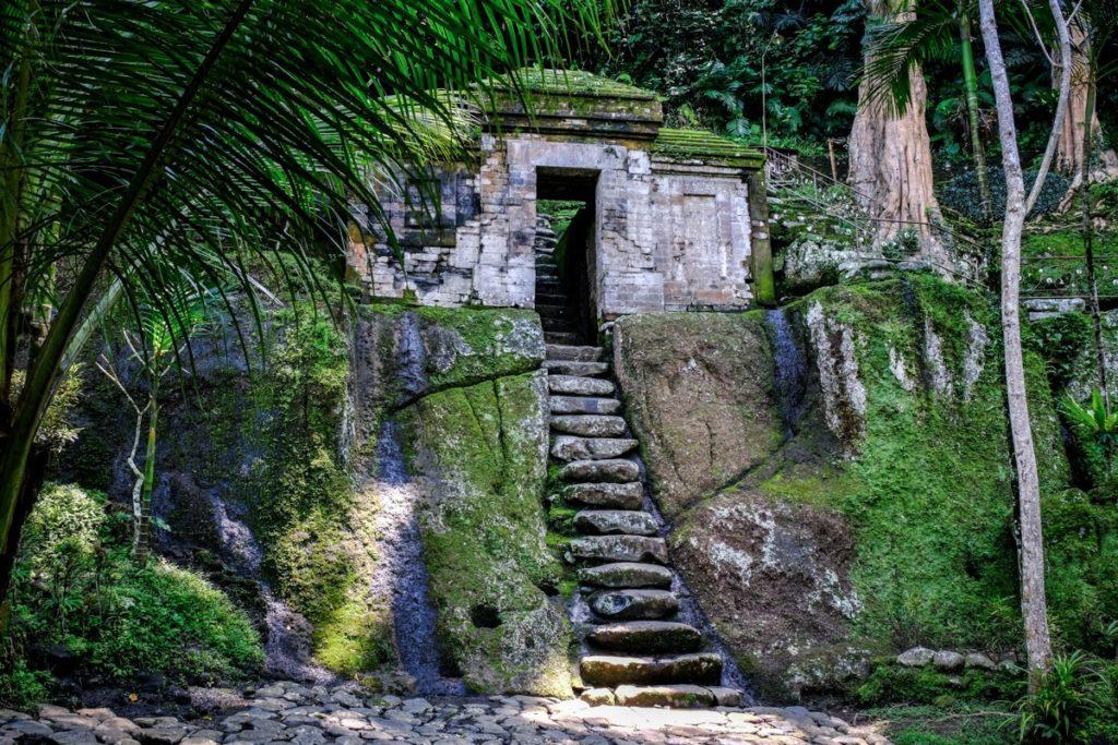 Goa-Garba-Entrance