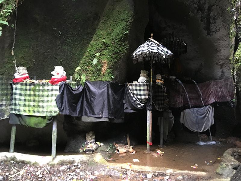 waterfall-Tukad-Jepung-shrine